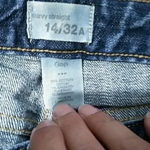 GAP Jeans - *3 for $10* Gap Jeans Size 14 Hemmed to 29 Length